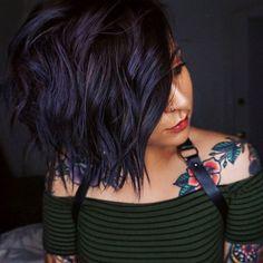 Pretty Dark Purple Pixie - Short Hair with Bangs – 40 Seriously Stylish Looks - The Trending Hairstyle Dark Purple Hair, Short Dark Hair, Short Hair With Bangs, Hair Color For Black Hair, Cool Hair Color, Hairstyles With Bangs, Pretty Hairstyles, Navy Blue Hair, Purple Rain