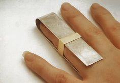TheCarrotbox.com modern jewellery blog : obsessed with rings // feed your fingers!: Charlotte Gorse / Hannah Bates / Janet Hinchliffe McCutcheon / Darja Nikitina / Anuja Tolia