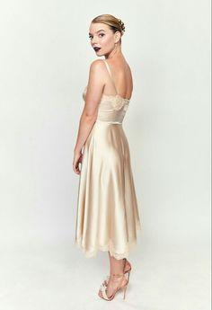 Anya Taylor Joy, Dior Haute Couture, Bridesmaid Dresses, Wedding Dresses, Zendaya, Cold Shoulder Dress, Actors, Formal Dresses, Face Claims