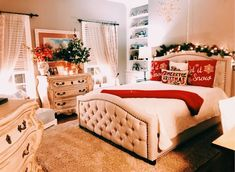 Lovely Room Ideas 5841958410 Delightful inspirations to make a jaw dropping inexpensive room ideas Comfy room idea solutions shared on this imaginative day 20190127 Christmas Feeling, Merry Little Christmas, Cozy Christmas, Christmas Time, Christmas Ideas, Christmas Bedroom, Farmhouse Christmas Decor, Boho Home, Christmas Aesthetic