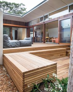 Blueys Beach 4 by Bourne Blue Architecture Architecture Blueys Beach 4 Bourne Blue Outdoor Deck 7 The post Blueys Beach 4 by Bourne Blue Architecture appeared first on Architecture Diy. Architecture Renovation, Architecture Design, Moderne Pools, Beach House Decor, Home Decor, Sustainable Architecture, Outdoor Spaces, Outdoor Living, Modern Design