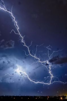 Lightning SE Wiscom Super Bolt by Jake Stehli