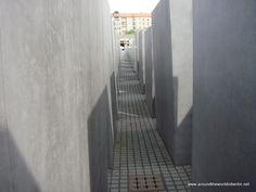 Holocaust Memorial Berlin ★