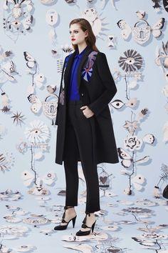 Schiaparelli Fall 2016 Ready-to-Wear Collection Photos - Vogue