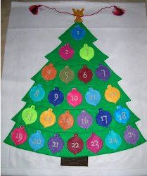 This felt advent calendar is one of the best Christmas crafts to make as the holidays approach. Made of felt, this homemade advent calendar will last for years of enjoyment! Felt Advent Calendar, Christmas Tree Advent Calendar, Advent Calenders, Felt Christmas, Simple Christmas, Christmas Ideas, Christmas Tables, Nordic Christmas, Modern Christmas
