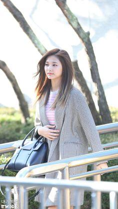 Kpop Girl Groups, Korean Girl Groups, Kpop Girls, Tzuyu Wallpaper, Twice Korean, Chou Tzu Yu, Twice Kpop, Tzuyu Twice, Chinese Actress
