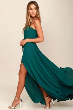 Be the foremost authority in comfy fashion with the Essence of Style Teal Green Maxi Dress! A tying apron neckline with back cutout tops a drawstring waist, and flowy maxi skirt with side slit. Teal Green Dress, Burgundy Maxi Dress, Green Maxi, Vestidos Sexy, Trendy Dresses, Style, Maxi Skirts, Maxi Dresses, Long Dresses
