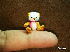Cute Mohair Teddy Bear  Micro Crocheted  Teddy 0.8 Inch door SuAmi