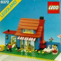 letsbuilditagain.com Free LEGO® Instructions by theme - find your lego set instructions from the past.