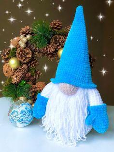 Christmas Crochet Patterns, Crochet Toys Patterns, Stuffed Toys Patterns, Crochet Dolls, Christmas Crafts, Christmas Decorations, Christmas Ornaments, Crochet Dragon, Homemade Toys
