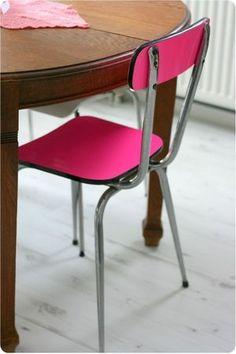 retaper une chaise avec du vénilia fluo