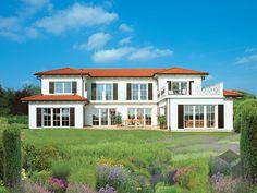 Villa Mediterrana von Keitel-Haus Wohnfläche von 285,11 m² verteilt auf 9,5 Zimmer. Weitere mediterrane und andere Häuserstile auf Fertighaus.de ___ Haustypen, Hausbau, Luxushaus, Familienhaus, Walmdach, Stadtvilla