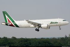 EI-DTJ Alitalia Airbus A320-216