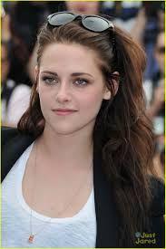 Resultado de imagem para Kristen Stewart Premiere de On the Road novembro 2012