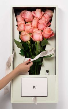 ROSEUR FINE ROSES | FAINT Gift box unwrapping is an event. Many treasures to be discovered within. #RoseurFineRoses #Roseur #ArtfulLiving | Roseur.com