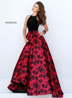 Sherri Hill dresses are designer gowns for television and film stars. Find out why her prom dresses and couture dresses are the choice of young Hollywood. Sherri Hill Prom Dresses, Grad Dresses, Homecoming Dresses, Dress Outfits, Dress Up, Dresses 2016, Gown Skirt, Dress Lace, Wedding Dresses