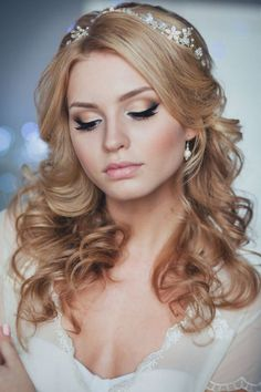 long down wedding hairstyle from Enzebridal / http://www.himisspuff.com/bridal-wedding-hairstyles-for-long-hair/39/