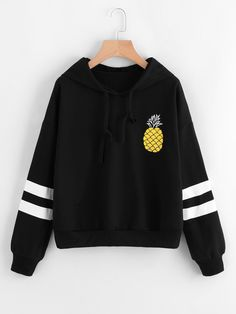 To find out about the Pineapple Print Contrast Stripe Sleeve Hoodie at SHEIN, part of our latest Sweatshirts ready to shop online today! Hoodie Sweatshirts, Hoodies, Pineapple Clothes, Pineapple Print, Pineapple Room, Pullover Designs, Cozy Fashion, Teen Fashion Outfits, Sweater Hoodie