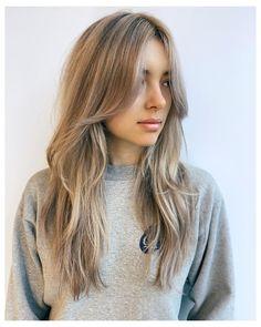 Layered Hair With Bangs, Haircuts For Long Hair With Bangs, Side Bangs With Medium Hair, Haircut For Long Face, Hair Layers Medium, Layered Long Hair, Blonde Long Layers, Layerd Hair, Long Layers With Bangs
