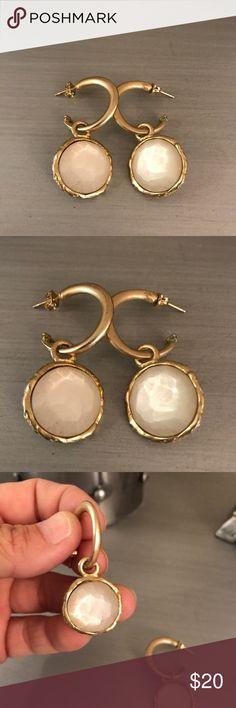 🛍 Gold Cream Drop Earrings Gold tone Boutique Jewelry Earrings