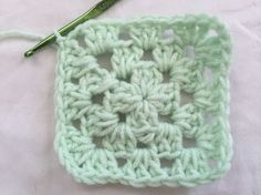 New to crochet? Here are 15 easy free beginner patterns.