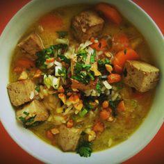 Receta de sopa Thai con Tofu marinado.