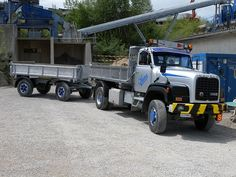 Dump Trucks, Cool Trucks, Lisa, Europe, Classic, Pictures, Vintage, Custom Trucks, Bern