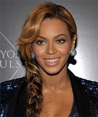 Beyonce Knowles Hairstyle: Casual Updo Long Curly Hairstyle