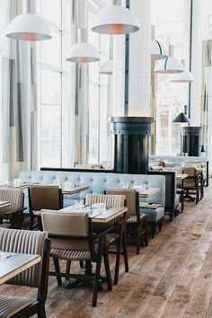 Trendy Ideas For Booth Seating Restaurant Design Ceilings Menu Restaurant Design, Restaurant Bar, Luxury Restaurant, Restaurant Lighting, Bar Design, Design Hotel, Loft Design, Design Art, Modern Design