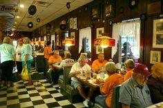 Cindy's Diner inside Berlin Village Gift Barn. (Berlin,Ohio)