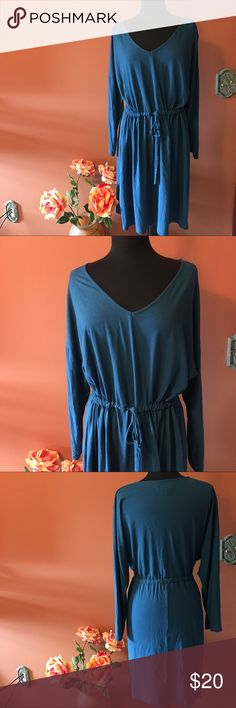 Old Navy Long Sleeve Vneck Knit Dress Size 2X, long sleeve vneck pull on comfortable dress, belted waist, in good condition Old Navy Dresses Long Sleeve