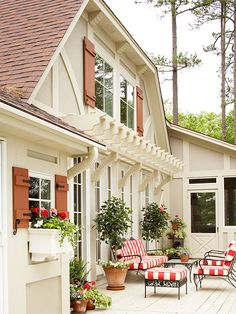 BHG love the Pergola! #exteriors #pergola