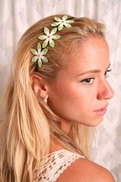 Green headband, Green hair accessory, Women hair accessories, Girls hair accessories, Women headbands, Flower headband, Headbands for girls - pinned by pin4etsy.com