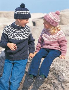 Adorable, warm pullover and toque set in a classic fair isle pattern. Sized to fit child years (chest measurement inches). Toque sized to fit years. Shown in Bernat Super Value. 4 mm (U. and 5 mm (U. Sweater Knitting Patterns, Knit Patterns, Knitting For Kids, Free Knitting, Knitting Needles, Pull Jacquard, Alpaca, Fair Isle Pattern, Baby Sweaters