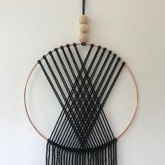 Macrame Wall Hanging Patterns, Macrame Art, Macrame Design, Macrame Projects, Macrame Patterns, Macrame Knots, Yarn Wall Art, Yarn Wall Hanging, Wall Hangings