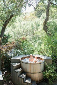 Outdoor Tub, Outdoor Baths, Outdoor Bathrooms, Outdoor Spaces, Outdoor Living, Outdoor Decor, Small Backyard Pools, Backyard Landscaping, Pool Decks