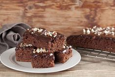 Chocolate brownies from scratch food 21 ideas Brownies From Scratch, Pancakes From Scratch, Chocolate Muffins, Chocolate Brownies, Cake Recipes, Dessert Recipes, Chocolate Candy Recipes, Chocolate Lasagna, Buttermilk Pancakes