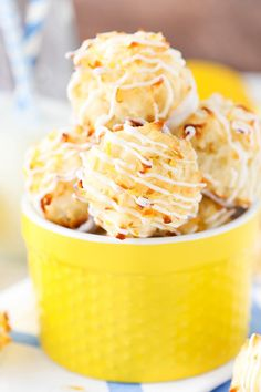 These Lemon Coconut Macaroons are so yummy with their light lemon flavor, soft and chewy coconut and white chocolate bottoms! You'll want to eat them all! (more…) The post Lemon Coconut Macaroons ap Lemon Desserts, Lemon Recipes, Delicious Desserts, Coconut Desserts, Coconut Recipes, Sweet Desserts, Snack Recipes, Dessert Recipes, Cooking Recipes
