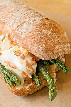 Asparagus Sandwich with Aioli and Bacon Relish