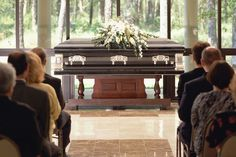 What Is a Visitation Before a Funeral or Memorial Service?
