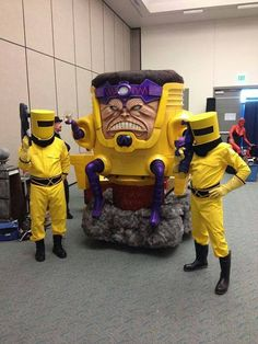 MODOK with AIM agents. AWESOME cosplay.