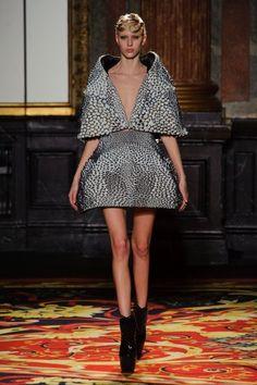 Défilé Haute Couture Iris Van Herpen Printemps-Été 2013