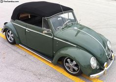 Old VW's and girls. stuff I find and repost Vw Beetle Convertible, Vw Cabrio, Kdf Wagen, Vw Beetles, Car Wheels, Vw Bus, Vw Volkswagen, Classic Cars, Automobile