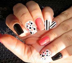 Muita criatividade e unhas perfeitas!!! Tudo para suas unhas em: www.lojadeesmaltes.com.br