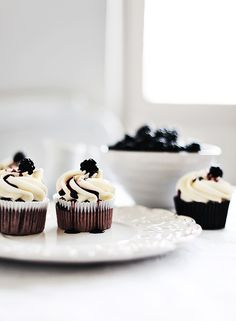blackberry cupcakes, this blog has a lot of recipes for cupcakes