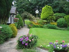 Small Cottage Garden Design Ideas - http://designphotos.xyz/09201619/garden-design-ideas/small-cottage-garden-design-ideas/2538