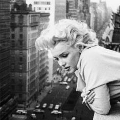 Marilyn on balcony in NYC
