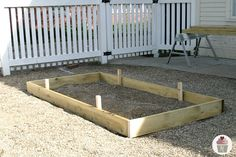Raised-Bed.stakes