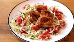 Heerlijk gezond voor doordeweeks: courgetti met krokante kip