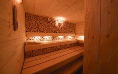 Designové obložení sauny Klafs špalková mozaika Alcove, Bathtub, Stairs, Design, Home Decor, Standing Bath, Bathtubs, Stairway, Decoration Home